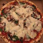 ภาพถ่ายของ Angelo's Pizza