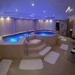 Hot & cold tub