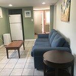 2 Bedroom Apartment Ground Floor - Living Room