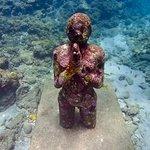 Diving sculptures-Praying Woman