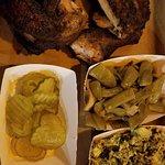 Foto de Hutchin's BBQ and Grill