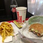 Φωτογραφία: Holy Cow! Gourmet Burger Company