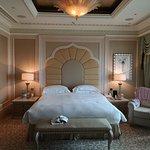 La camera da letto della Khaleej Suite