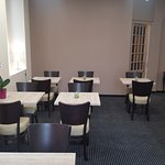 Salon de  l'hôtel Hélianthe à Lourdes