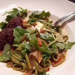 The Spinach Linguini & UnMeatballs were a delight to my vegetarian palette. The pasta was delect