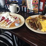 The Hometown Breakfast Bar & Grille Photo