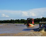 Boating in the Siem Reap river to Tonle Sap