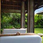 The Ritz-Carlton Oceanfront Villa Indoor Spa