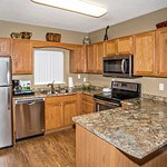 Whispering Pines Vacation Condo Rental, Downtown Pigeon Forge, 544, Mountain View 4 Bed 3 Bath