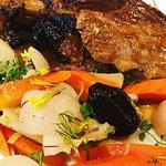 gigot d'agneau de la ferme de Clavisy et légumes magnifiés