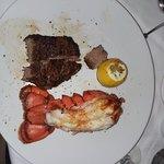Foto Fleming's Prime Steakhouse & Wine Bar