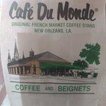 Cafe Du Monde의 사진