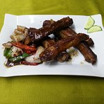 Costillas al Vino, Ajo y Chilli // Chilli Pepper & Spiced Salt Ribs