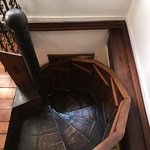 spiral staircase to 2d floor