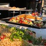 Buffet aperitivo variegato