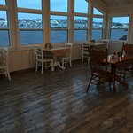 Annie's Harbour Restaurant