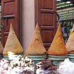Venda de temperos na medina de Marrakesh