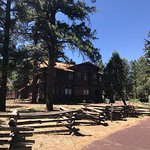 صورة فوتوغرافية لـ Riordan Mansion State Historic Park