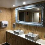 Bathroom - bright and modern