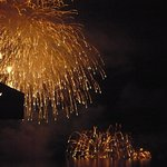 儚く美しい葉山の花火