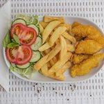 Chicken brest with chips and salad