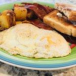 Breakfast eggs over easy !