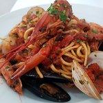 Spaghetti ai Frutti di Mare (Seafood Spaghetti)