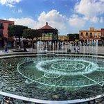 Plaza Benito Juárez:  Sede del Palacio de Gobierno.