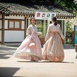 Seoul + Hanbok + Photography