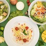 Healthy & yummy salads!!