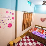 Deluxe room with air condition with private bathroom