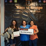These ladies killed it, even with a newbie! Wolfie is safe with 5 minutes to spare. Great job!!