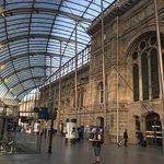 Gare de Strasbourg: コミック調の絵が描かれていました。