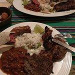 El plato es tan grande que lo puedes dividir en dos, como ves en la foto.