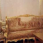 Музейные экспонаты. Золотая гостиная супруги В.П. Кочубея