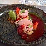 Aardbeien dessert en yoghurt