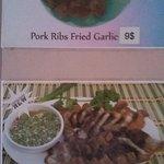 炸排骨 泰式燒肉