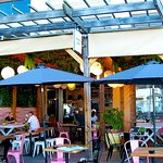 Lemon Bay Café. Mirage Plaza.