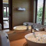 Villa pool access bath room