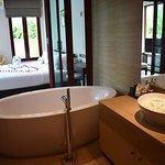 Grand pool villa bath room