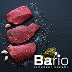 Siempre los mejores cortes de carne en Bario restaurante.