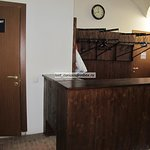 Old English Court - toilet & cloak-room