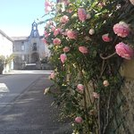 roses leading up to the porte d'horloge