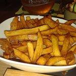 frieten slecht tot zeer slecht gebakken