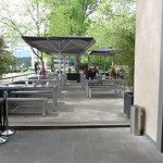 Terrasse mit 380 Sitzplätzen