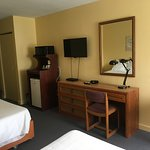 Room 26 - Standard 2 Double Beds
