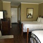 Room 29 - Deluxe 2 Double Beds