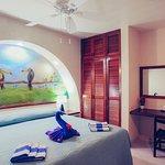 Two bedroom beach front condo - Bedroom