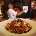Spaghetti pollo piccante:  home made spaghetti spicy tomato sauce, chicken, black olives & caper