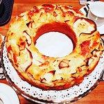 Torta di mele  fatta in casa per la Colazione